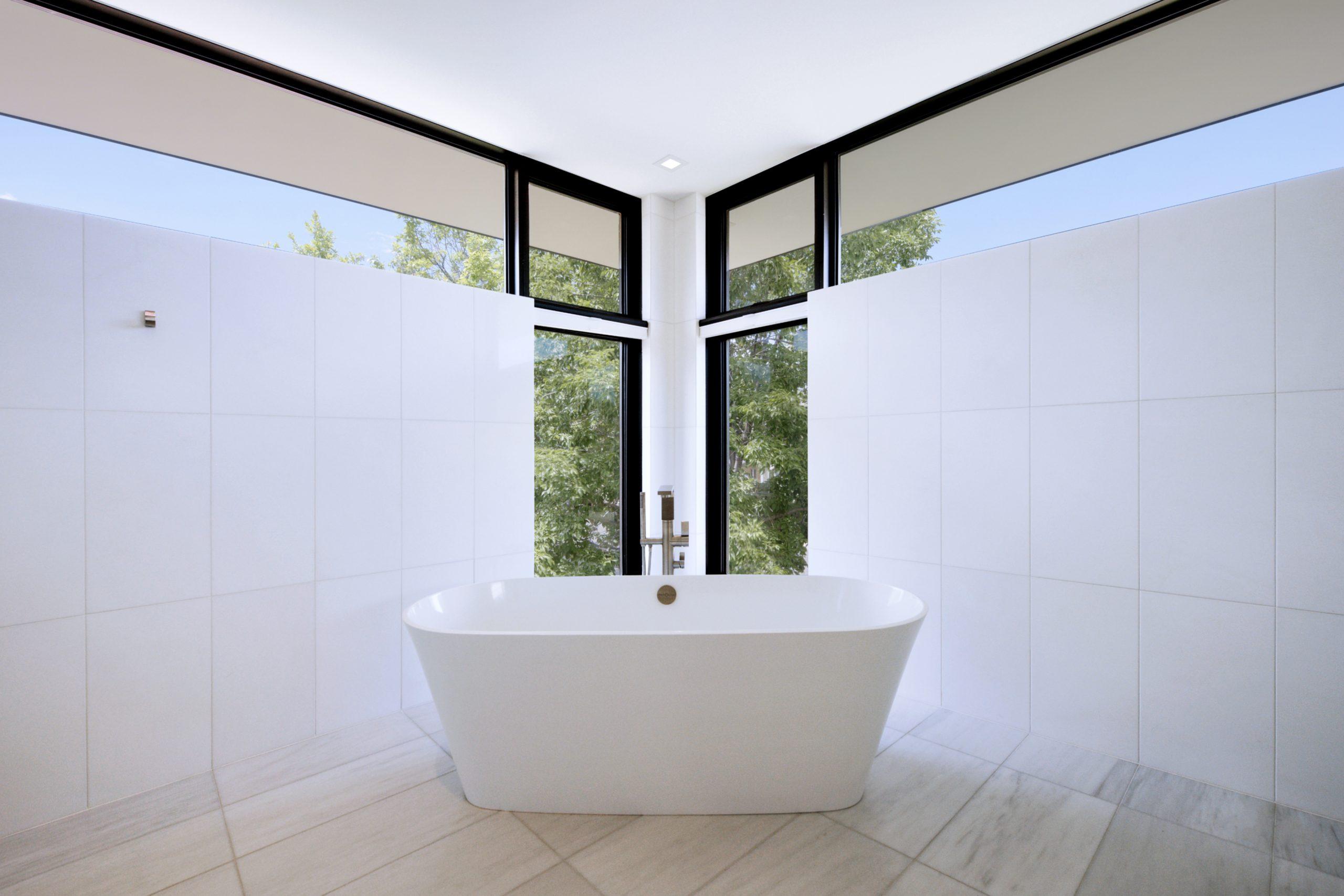 Schneider Residence Symmetrical Master Bathtub