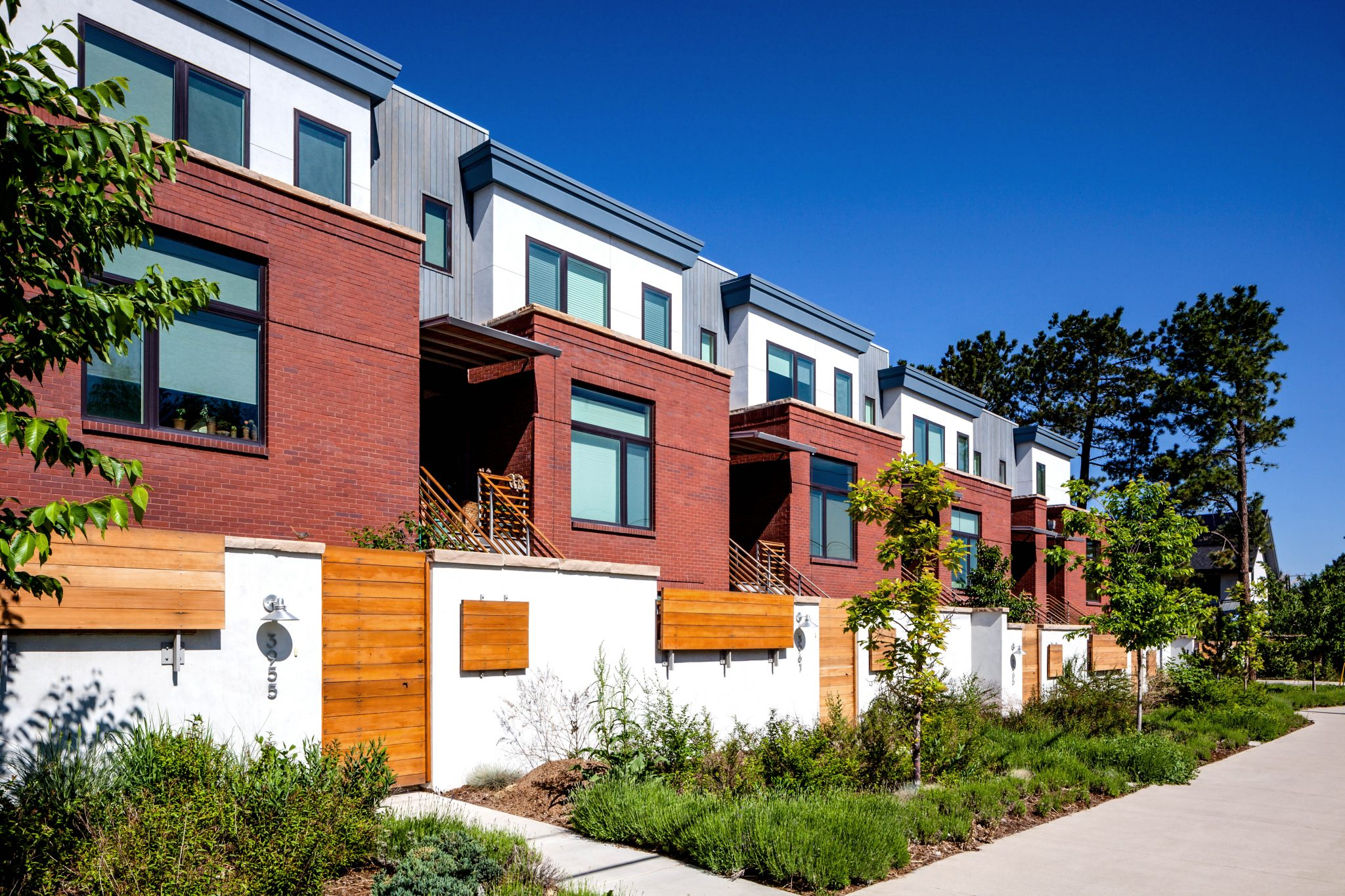 Broadway Townhomes Front Facade from Sidewalk